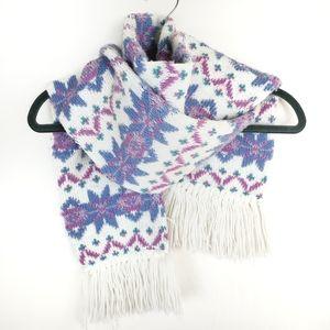 Accessories - 🆕️ Pastel Snowflake Winter Fringe Scarf